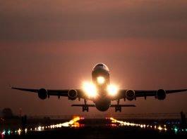 Airplane landing, SJO airport; Photo by Josue Isai Ramos Figueroa on Unsplash